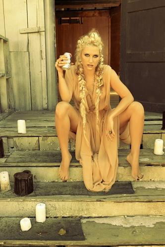 российские певицы голые фото
